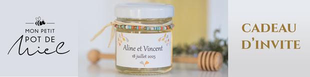 cadeau d'invité à un mariage, un petit pot de miel personnalisé