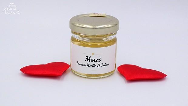 cadeau  invités remerciement_un petit pot de miel personnalisé