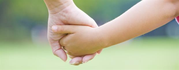 choisir une marraine et un parrain pour votre enfant lors de son baptême