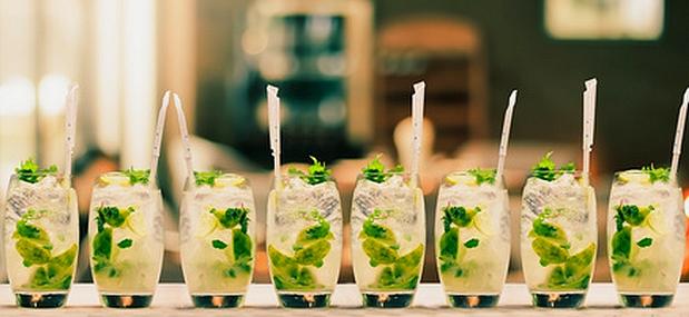 des mojitos, cocktail idéal pour fêter un anniversaire