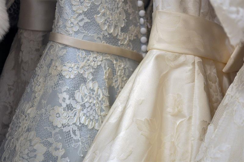 des robes de mariées esprit vintage pour un mariage style rétro
