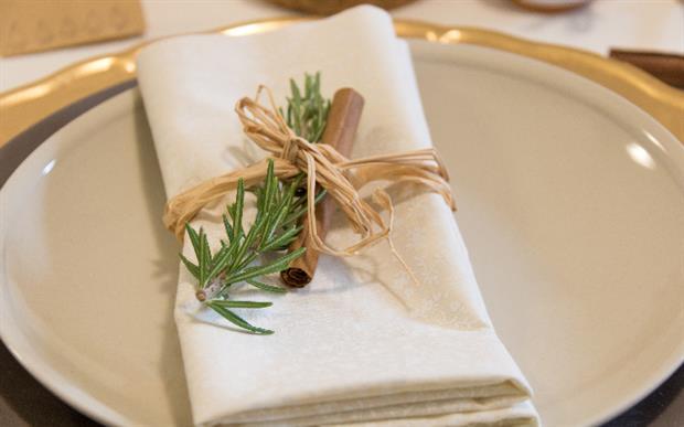 Créer sa décoration de Noël et des ronds de serviettes à fabriquer